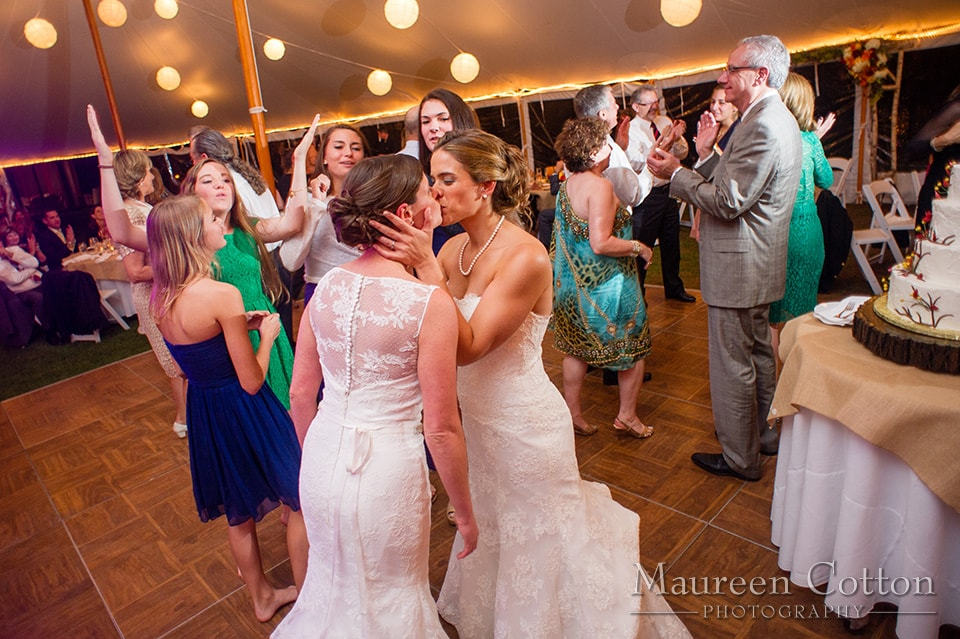 moraine_farm_fall_wedding_lesbian__Boston_Wedding_Boston-Wedding-Boston Wedding DJ-Omari-Keros-String-Quartet11-min